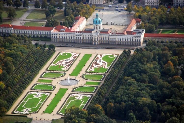 Arial view of Schloss Charlottenburg und Gärten