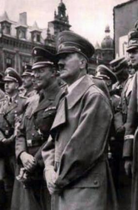 hitler in eger 1938 7